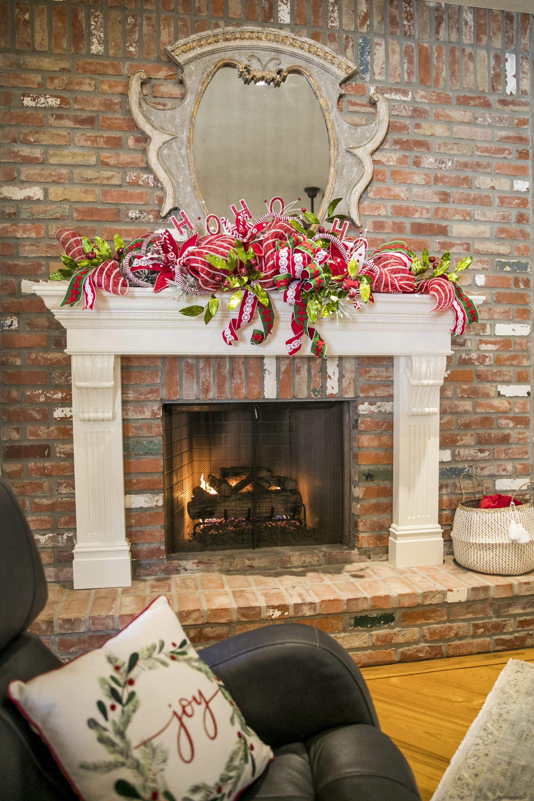 Chateau Chic POV Christmas House 4 2020  (Misty Leigh McElroy) 11/9/20
