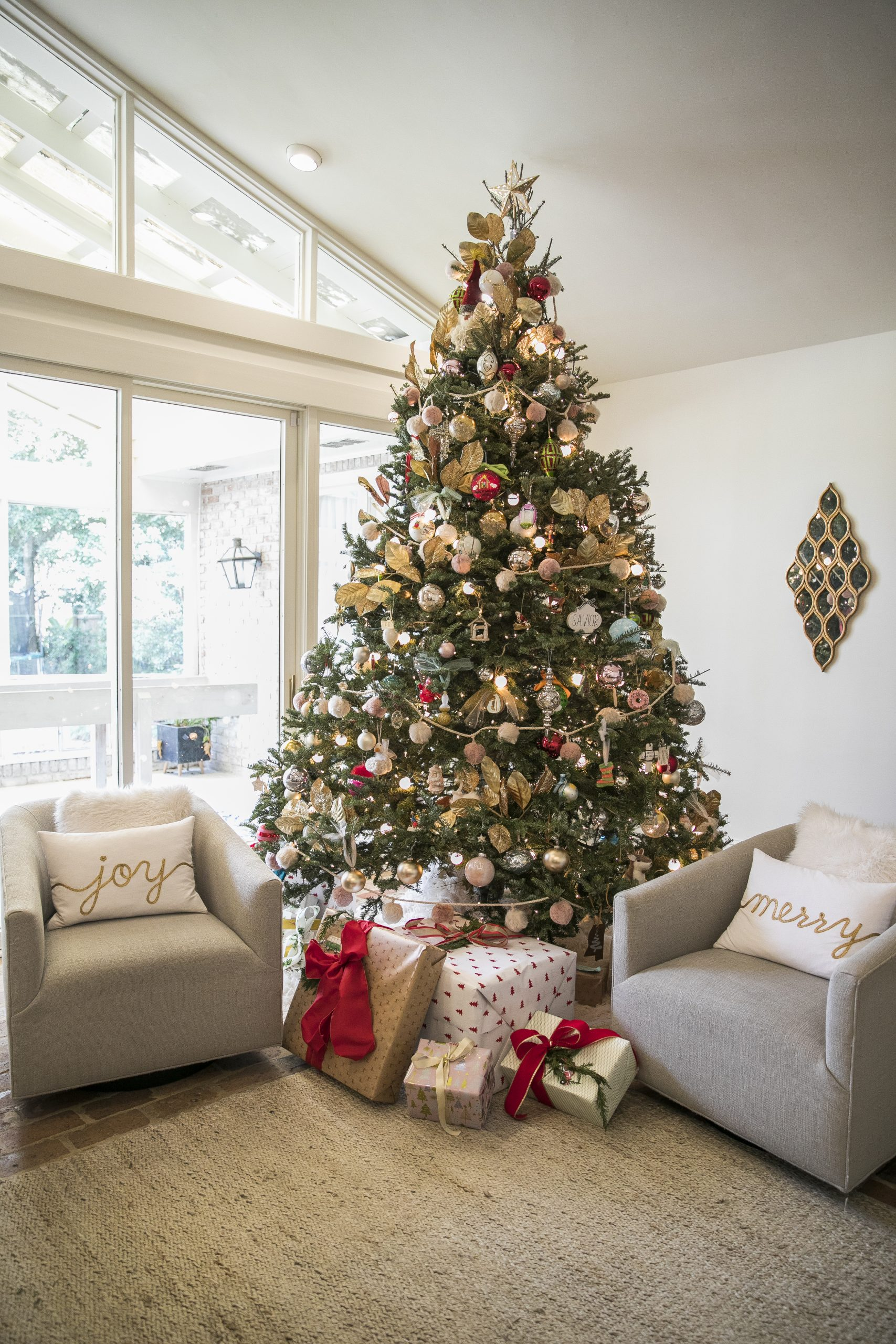 Chateau Chic Christmas House 2 2019  (Misty Leigh McElroy) 12/23/19